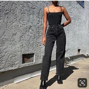 Levi's high waisted mom jeans cropped black sz 14